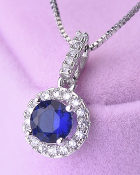 Gem colors pendant round European style diamond necklace