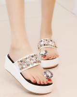 Thick crust rhinestone slippers fashion trifle sandals