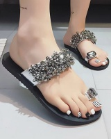 Large yard flat beads slippers for women