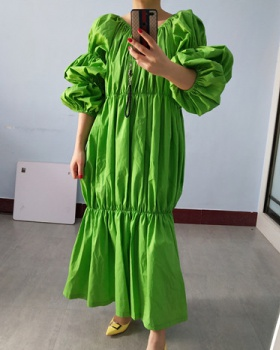 Spring and summer apple-green loose long dress for women