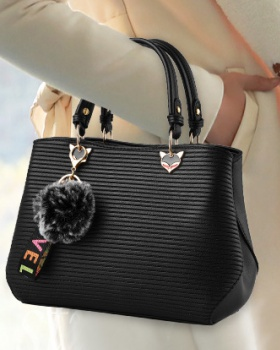 Hairball handbag autumn and winter diagonal package