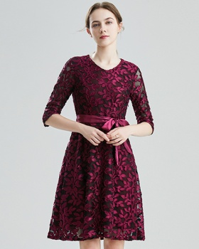 Gauze commuting fashion V-neck frenum slim jacquard dress