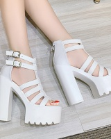 Thick nightclub T-shirt perform European style sandals