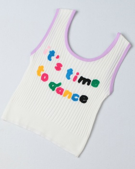 Stereoscopic lovely tops embroidery knitted vest