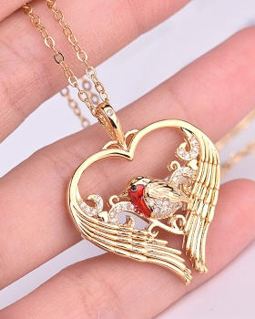 European style creative heart pendant gold necklace