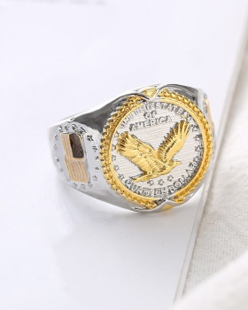 Gold American style antique silver ring