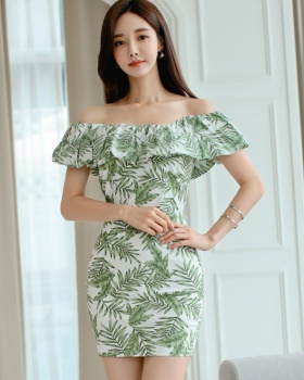 Leaves package hip horizontal collar strapless dress
