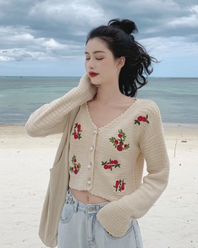 Fashion crochet tops embroidery retro cardigan a set