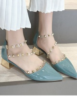 Pointed rivet shoes Korean style sandals for women