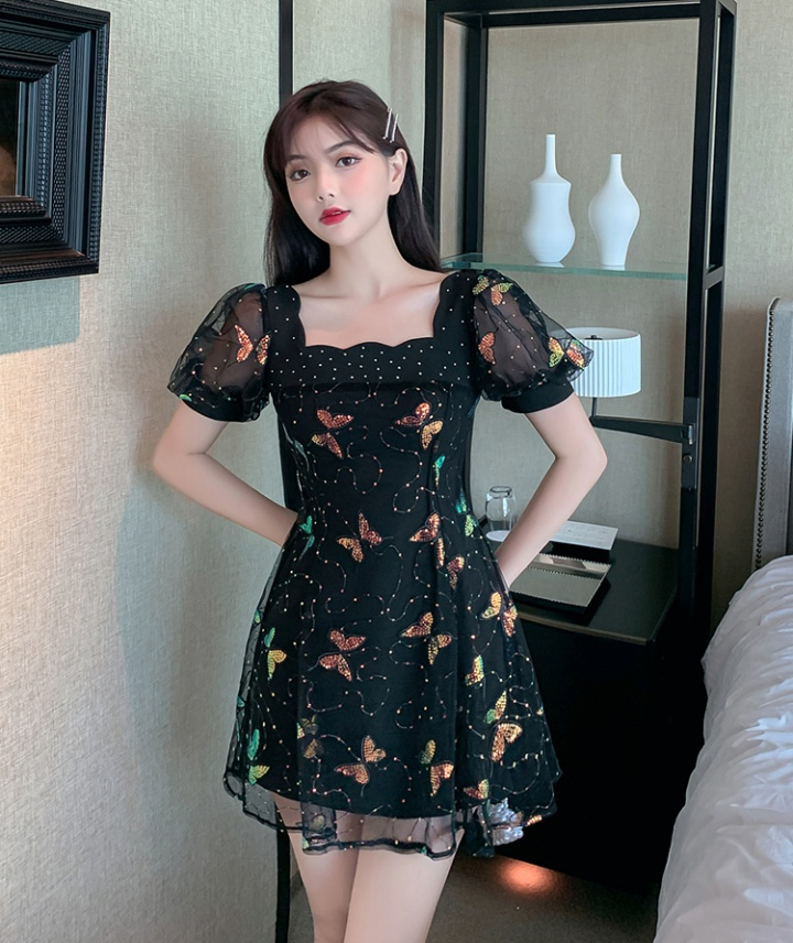 Pinched waist black gauze short sleeve slim dress