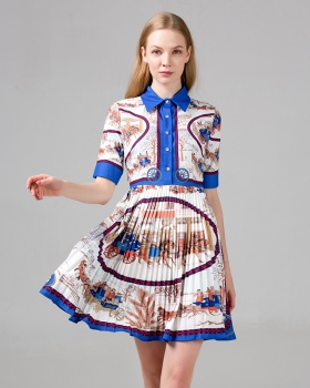 Pinched waist pleated retro France style dress