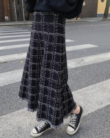 Knitted retro slim plaid autumn and winter tassels skirt