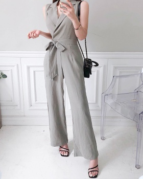 Summer lapel fashion sleeveless jumpsuit for women