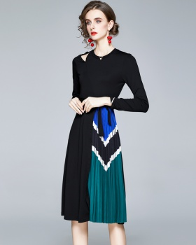 Autumn long sleeve printing pleated pinched waist dress