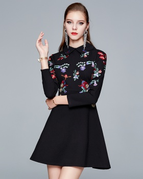 Autumn and winter embroidery colors dress