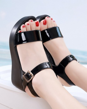 Summer sandals thick crust platform for women