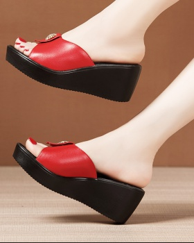 Thick crust slipsole slippers soft soles platform for women