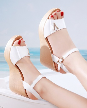 Summer patent leather shoes cozy trifle sandals for women