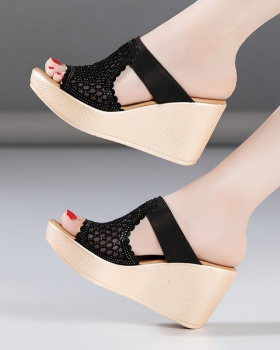 Trifle thick crust platform summer slippers for women