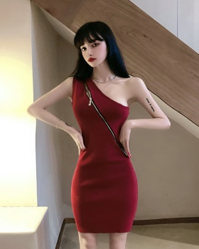 Sexy package hip sleeveless sloping shoulder dress for women