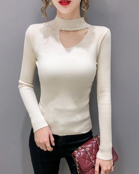 V-neck T-shirt bottoming shirt for women