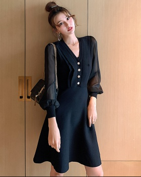 Bottoming knitted pinched waist temperament dress