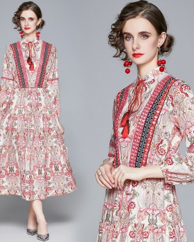 Bubble floral autumn and winter dress