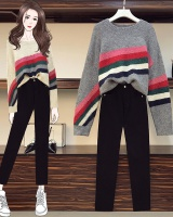 Large yard fat jeans mixed colors black sweater for women