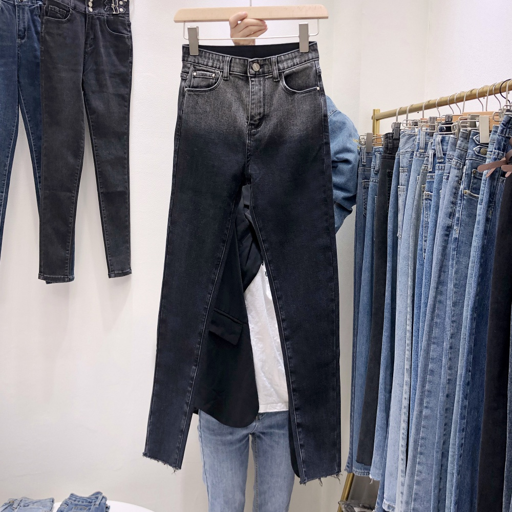 Close-fitting pencil pants Korean style jeans for women