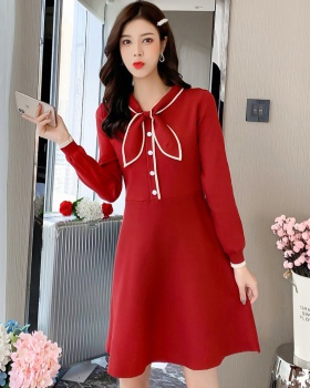 Knitted long sleeve autumn and winter bow lady dress