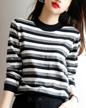 Wears outside sweater pullover tops for women