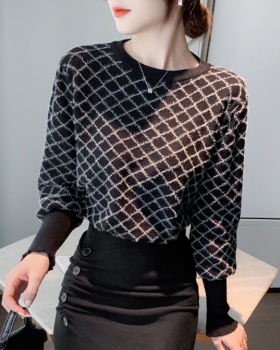 Pullover sweater bottoming shirt for women