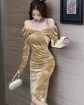 Embossing slim long sleeve autumn and winter dress