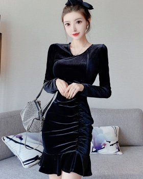 Tight temperament package hip bottoming V-neck dress