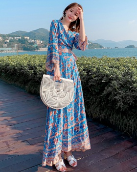 Slim seaside long dress Thailand pinched waist dress