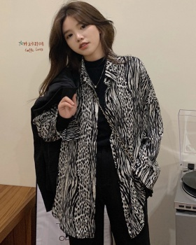 Retro autumn and winter leopard Korean style shirt