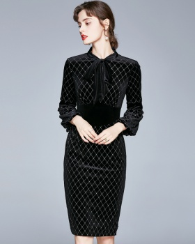 Long long sleeve black long dress slim velvet dress