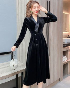V-neck autumn and winter long dress pinched waist dress