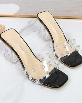 Rivet sexy slippers large yard thick sandals