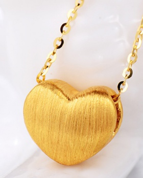 Pendant heart jewelry gilded satin necklace