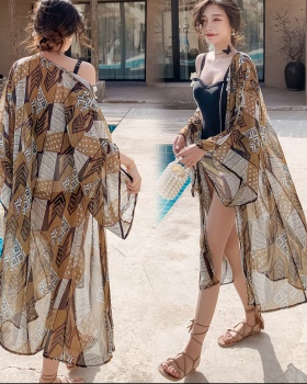 Bohemian style sunscreen coat vacation cardigan