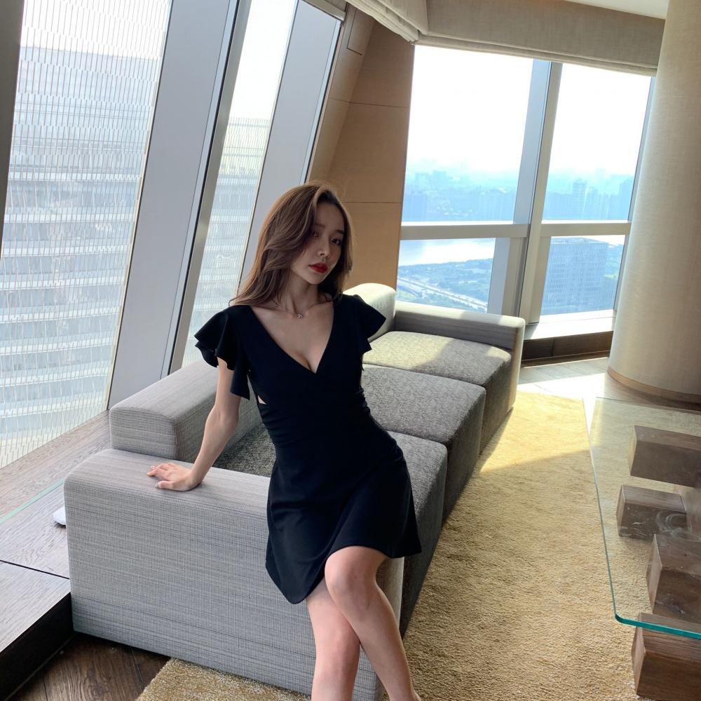 Slim halter pinched waist nightclub Cover belly dress for women