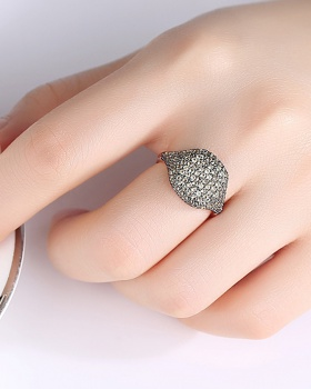 Opening banquet European style gift temperament ring for women