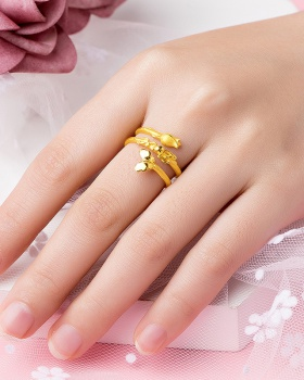 Double ring gold gift ring