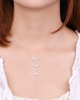 Pendant clavicle necklace luxurious necklace for women