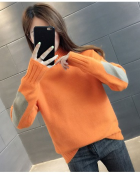 Loose sweater bottoming shirt for women