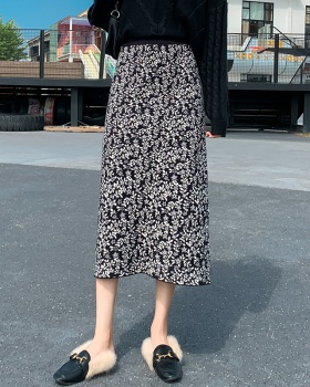 Knitted package hip floral long skirt for women