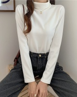 Autumn and winter T-shirt simple bottoming shirt