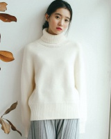 Thermal bottoming hairy high collar sweater