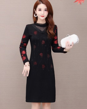 Bottoming autumn and winter middle-aged temperament dress
